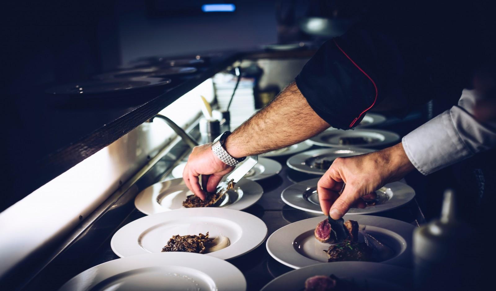 La brasserie recherche un·e apprenti·e en cuisine